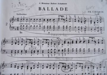 楽譜に「ドレミ」や指番号を書いたらダメ?の画像